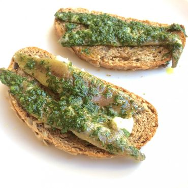 Anchovies with Green Sauce